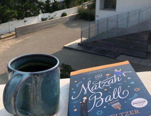 Must-Read Holiday Romance Novels